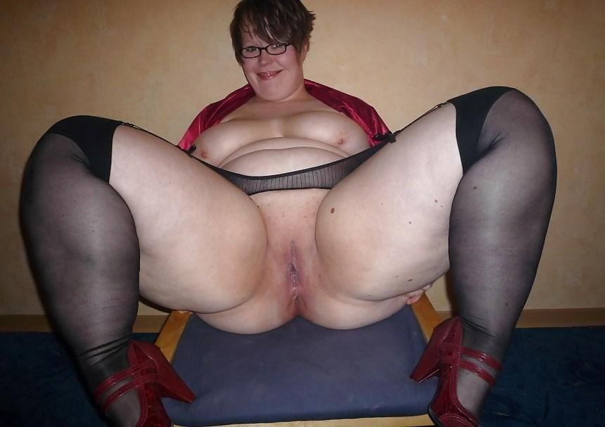 Порно жирные половые губы фото фото 188-855