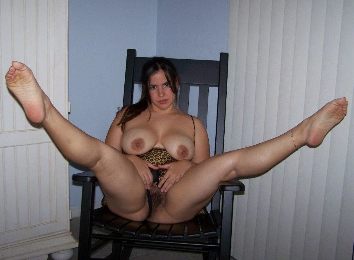 порно пышка моется