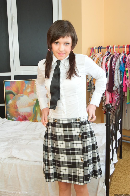 Секс с молодой ученицей русская 24 фотография