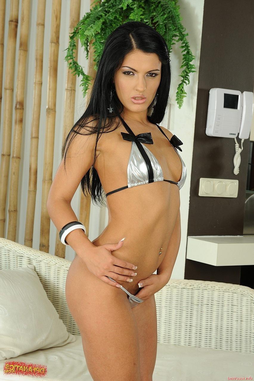 Сексуальная секретарша стрингах — pic 12